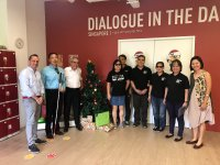 Nicolas Delsalle, Claude Garrandes et le personnel de Dialogue in the Dark - Singapore